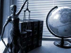 Maître Alice Delaire, avocat au barreau de Périgueux : droit de la famille, droit des personnes et de leur patrimoine, droit civil et droit pénal
